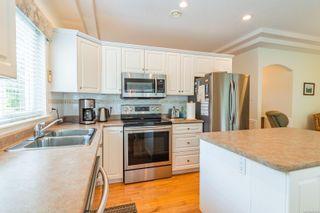 Photo 19: 566 Juniper Dr in : PQ Qualicum Beach House for sale (Parksville/Qualicum)  : MLS®# 881699
