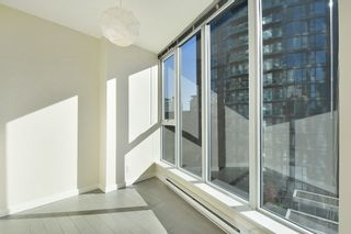 """Photo 9: 1102 788 HAMILTON Street in Vancouver: Downtown VW Condo for sale in """"TV TOWERS 1"""" (Vancouver West)  : MLS®# R2217324"""