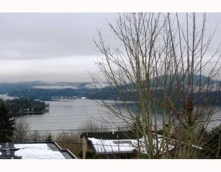 Photo 3: 237 N SEA Avenue in Burnaby: Capitol Hill BN House for sale (Burnaby North)  : MLS®# V748418