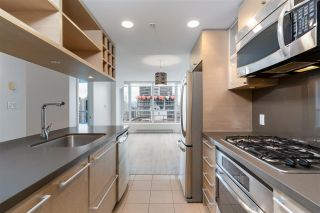 """Photo 14: 2401 833 SEYMOUR Street in Vancouver: Downtown VW Condo for sale in """"CAPITAL RESIDENCES"""" (Vancouver West)  : MLS®# R2544420"""