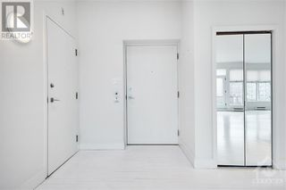 Photo 3: 144 CLARENCE STREET UNIT#8B in Ottawa: Condo for sale : MLS®# 1248178