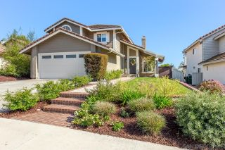 Photo 2: LA COSTA House for sale : 3 bedrooms : 7954 Calle Posada in Carlsbad