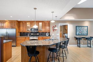 Photo 10: 164 Maple Court Crescent SE in Calgary: Maple Ridge Detached for sale : MLS®# A1144752