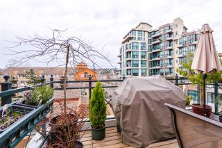"Photo 14: 402 6 RENAISSANCE Square in New Westminster: Quay Condo for sale in ""RAILTO"" : MLS®# R2045554"