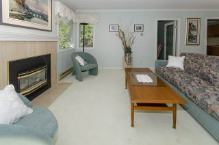 Photo 3: 924 ROCHE POINT Drive in North Vancouver: Roche Point Condo for sale : MLS®# R2476132