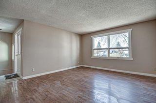 Photo 5: 187 Deerview Way SE in Calgary: Deer Ridge Semi Detached for sale : MLS®# A1096188