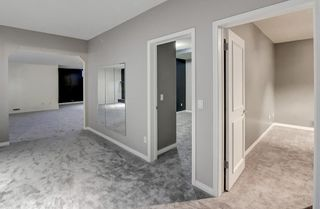 Photo 32: 864 SHAWNEE Drive SW in Calgary: Shawnee Slopes Detached for sale : MLS®# C4282551