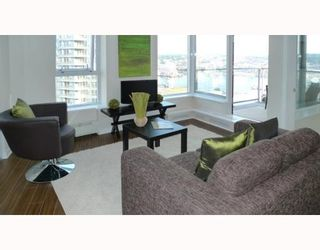 """Photo 6: 3006 188 KEEFER Place in Vancouver: Downtown VW Condo for sale in """"ESPANA - TOWER B"""" (Vancouver West)  : MLS®# V779742"""