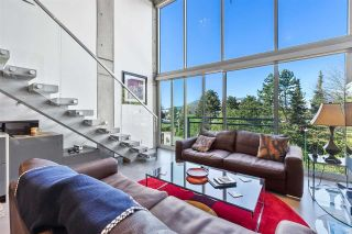 """Photo 1: 513 1540 W 2ND Avenue in Vancouver: False Creek Condo for sale in """"THE WATERFALL BUILDING"""" (Vancouver West)  : MLS®# R2624820"""