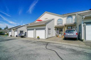 """Photo 5: 403 21937 48 Avenue in Langley: Murrayville Townhouse for sale in """"ORANGEWOOD"""" : MLS®# R2590300"""