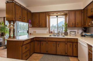 Photo 11: 40 LAKESHORE Drive: Cultus Lake House for sale : MLS®# R2531780