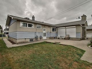 Photo 29: 16038 94A Avenue in Edmonton: Zone 22 House for sale : MLS®# E4255588