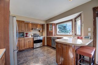 Photo 2: 3204 15 Street NW in Calgary: Collingwood Detached for sale : MLS®# A1149979