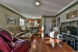 Photo 8: 15120 SPENSER Court in Surrey: Bear Creek Green Timbers House for sale : MLS®# R2130715