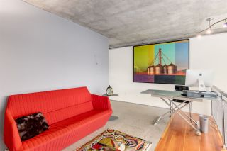 """Photo 10: PH610 1540 W 2ND Avenue in Vancouver: False Creek Condo for sale in """"The Waterfall Building"""" (Vancouver West)  : MLS®# R2580752"""