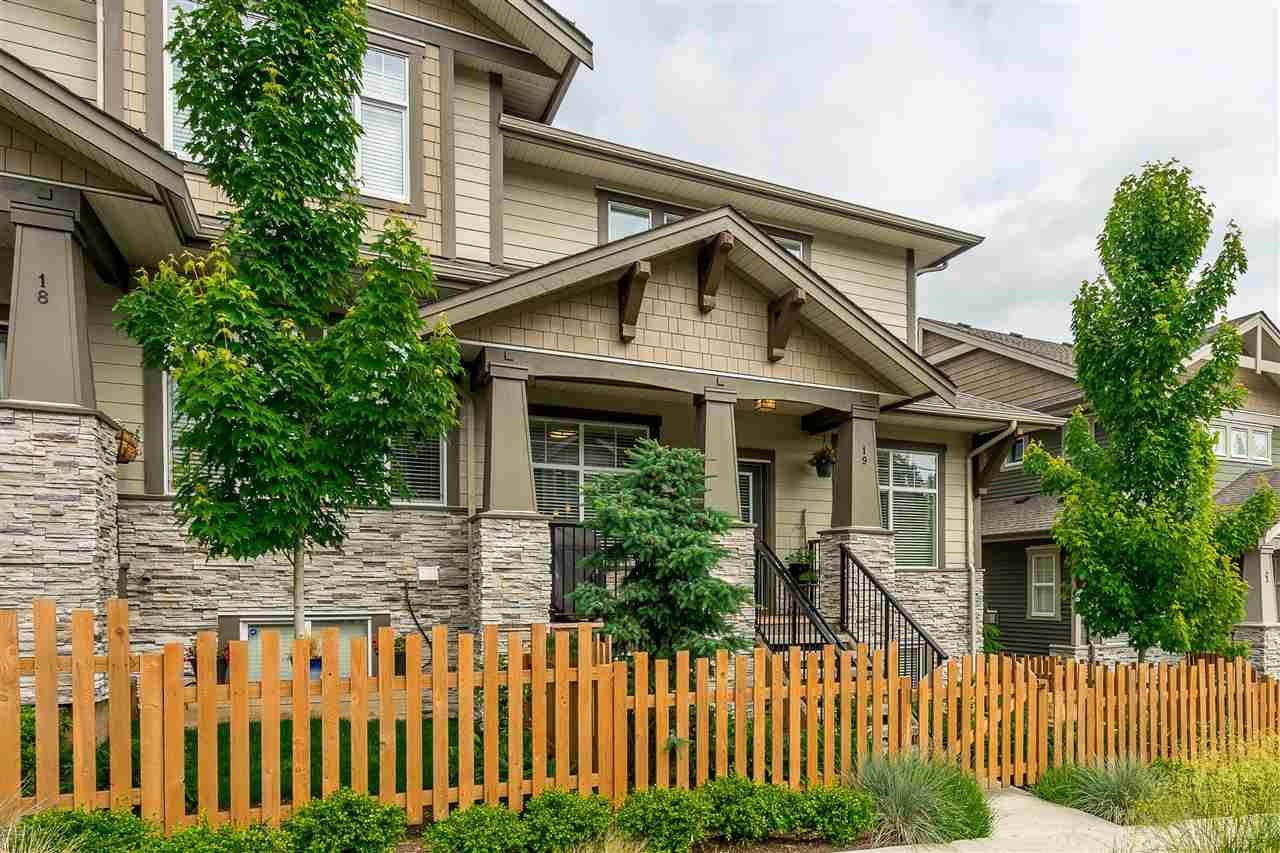 """Main Photo: 19 7138 210 Street in Langley: Willoughby Heights Townhouse for sale in """"Prestwick"""" : MLS®# R2411962"""