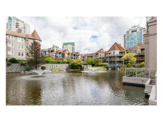 Photo 16: 302 3070 Guildford Way in Coquitlam: North Coquitlam Condo for sale : MLS®# V1126460