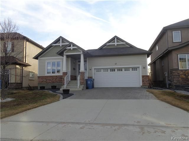 Main Photo: 47 Appletree Crescent in Winnipeg: Waverley West Residential for sale (1R)  : MLS®# 1707959
