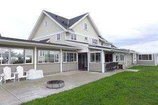 Photo 2: 3892 180 Street in Surrey: Serpentine House for sale (Cloverdale)  : MLS®# R2430266