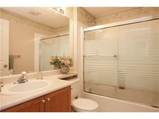 "Photo 9: 305 11609 227TH Street in Maple Ridge: East Central Condo for sale in ""EMERALD MANOR"" : MLS®# V892769"