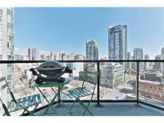 """Photo 2: 1001 1212 HOWE Street in Vancouver: Downtown VW Condo for sale in """"1212 HOWE"""" (Vancouver West)  : MLS®# V1055279"""