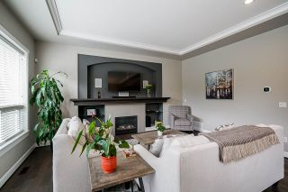"""Photo 12: 21071 78B Avenue in Langley: Willoughby Heights House for sale in """"Yorkson South"""" : MLS®# R2474012"""