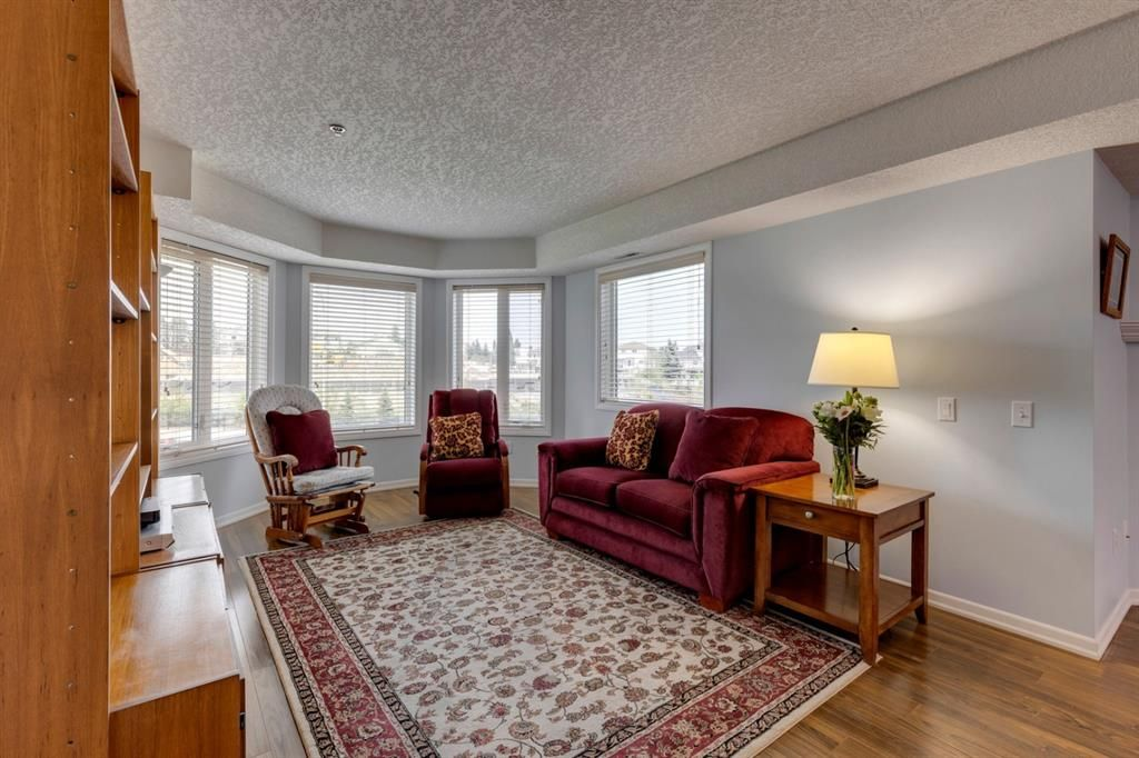 Photo 14: Photos: 1222 1818 Simcoe Boulevard SW in Calgary: Signal Hill Apartment for sale : MLS®# A1130769