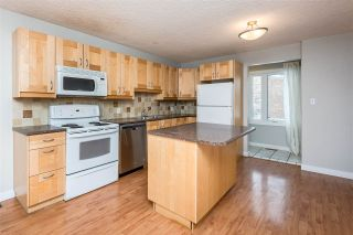 Photo 5: 14739 51 Avenue in Edmonton: Zone 14 Townhouse for sale : MLS®# E4230817