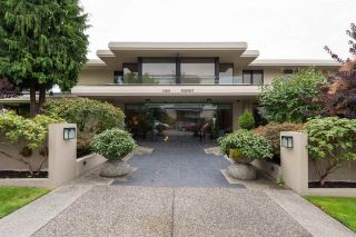 """Photo 1: 302 15050 PROSPECT Avenue: White Rock Condo for sale in """"Contessa"""" (South Surrey White Rock)  : MLS®# R2137317"""