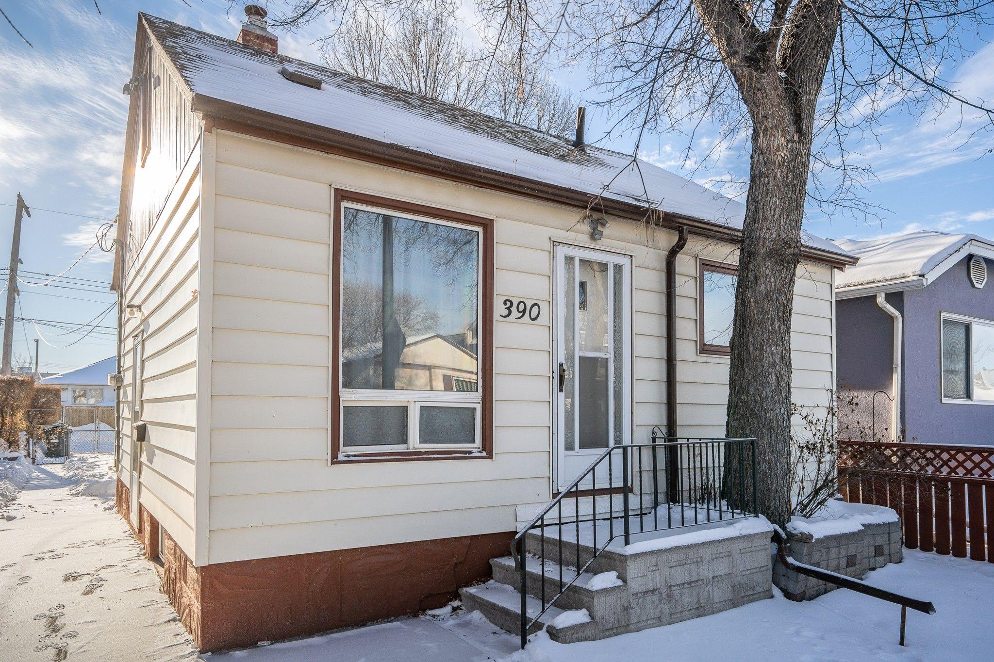 Main Photo: 390 West Union Avenue in Winnipeg: Elmwood House for sale (3A)  : MLS®# 202101238