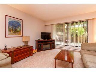 Photo 2: 103 955 Dingley Dell in VICTORIA: Es Kinsmen Park Condo for sale (Esquimalt)  : MLS®# 746530