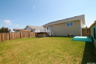 Photo 13: 813 Lochwood Place in Swift Current: Highland Residential for sale : MLS®# SK863485