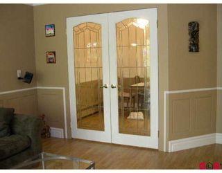 "Photo 4: 301 7426 138TH Street in Surrey: East Newton Condo for sale in ""Glencoe"" : MLS®# F2820598"