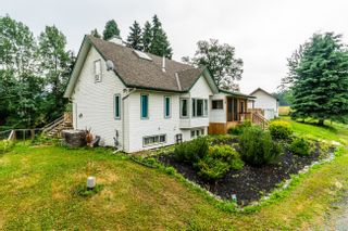 Photo 1: 3035 UPPER FRASER Road in Prince George: Giscome/Ferndale House for sale (PG Rural East (Zone 80))  : MLS®# R2540494