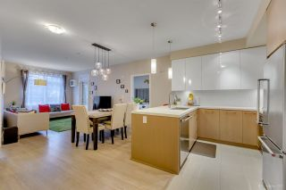 """Photo 8: 108 20 E ROYAL Avenue in New Westminster: Fraserview NW Condo for sale in """"THE LOOKOUT"""" : MLS®# R2237178"""