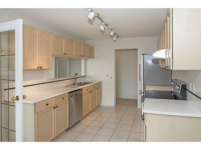 Photo 6: Photos: # 907 8 LAGUNA CT in New Westminster: Quay Condo for sale : MLS®# V1054461