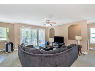 """Photo 4: 201 16718 60 Avenue in Surrey: Cloverdale BC Condo for sale in """"MCLELLAN MEWS"""" (Cloverdale)  : MLS®# R2486554"""