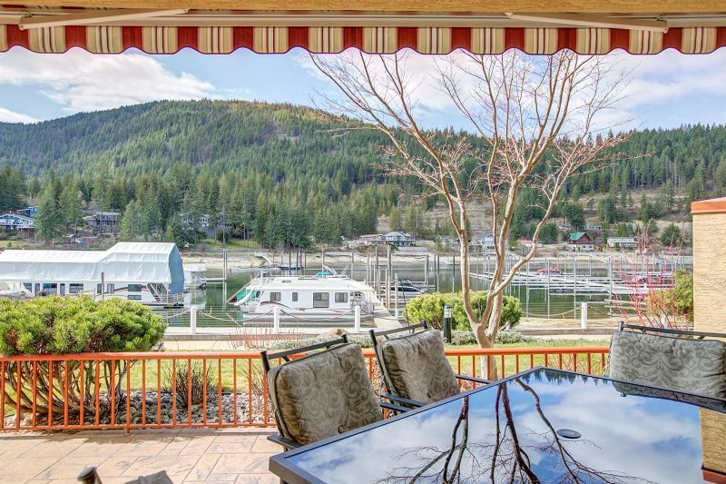 FEATURED LISTING: 62 - 714 Riverside Avenue Sicamous