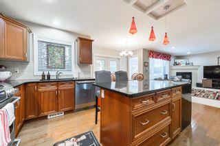 Photo 8: 3040 MACNEIL Way in Edmonton: Zone 14 House for sale : MLS®# E4263321