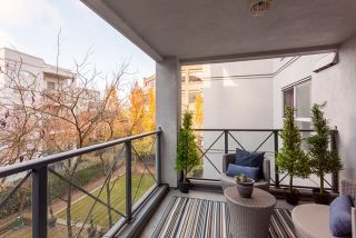 """Photo 12: 305 511 W 7TH Avenue in Vancouver: Fairview VW Condo for sale in """"Beverly Gardens"""" (Vancouver West)  : MLS®# R2221770"""