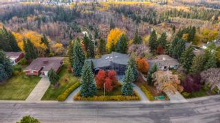 Photo 6: 73 WESTBROOK Drive in Edmonton: Zone 16 House for sale : MLS®# E4240075