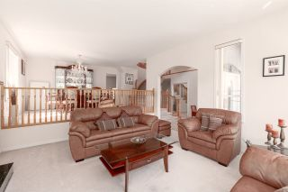 """Photo 4: 41373 DRYDEN Road in Squamish: Brackendale House for sale in """"BRACKENDALE - EAGLE RUN"""" : MLS®# R2571749"""