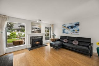 """Photo 8: 109 14271 18A Avenue in Surrey: Sunnyside Park Surrey Townhouse for sale in """"Ocean Bluff Court"""" (South Surrey White Rock)  : MLS®# R2617093"""