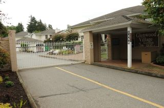 "Photo 2: 116 7156 121 Street in Surrey: West Newton Townhouse for sale in ""GLENWOOD VILLAGE"" : MLS®# R2214423"
