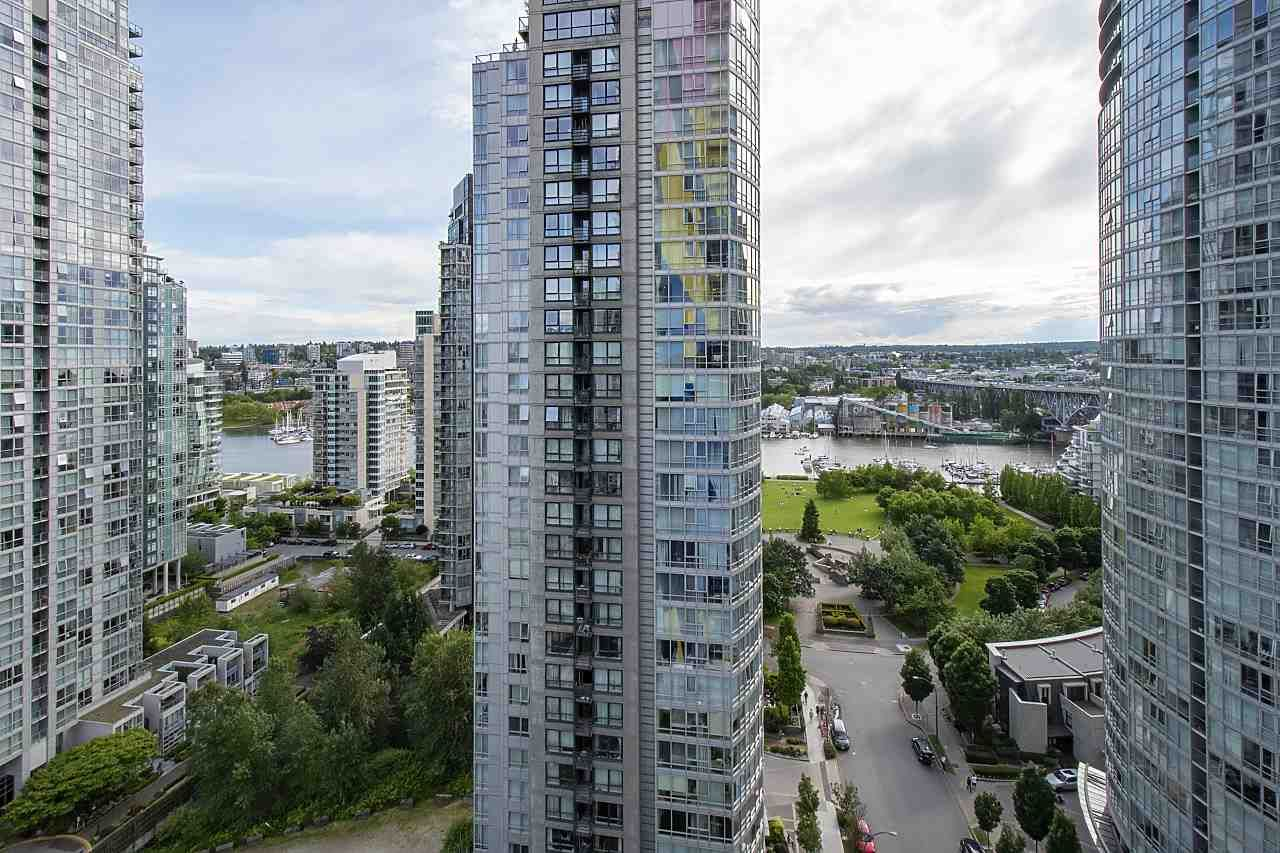 """Photo 27: Photos: 2001 499 PACIFIC Street in Vancouver: Yaletown Condo for sale in """"The Charleson"""" (Vancouver West)  : MLS®# R2456013"""