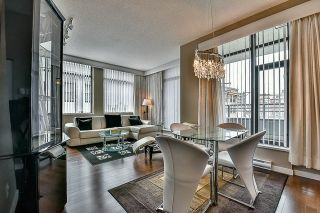 Photo 2: 301 39 SIXTH STREET in New Westminster: Downtown NW Condo for sale : MLS®# R2044508