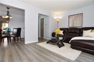 Photo 2: 517 Galahad Drive in Oshawa: Eastdale House (2-Storey) for sale : MLS®# E3640517