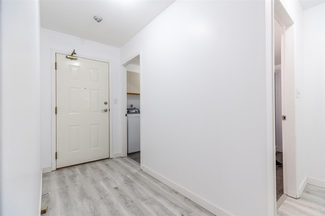 """Photo 19: Photos: 201 2491 GLADWIN Road in Abbotsford: Central Abbotsford Condo for sale in """"Lakewood Gardens"""" : MLS®# R2546752"""