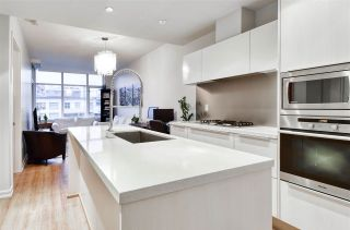 """Photo 2: 501 181 W 1ST Avenue in Vancouver: False Creek Condo for sale in """"BROOK - Village On False Creek"""" (Vancouver West)  : MLS®# R2524212"""