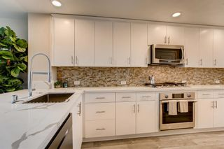 Photo 5: Condo for sale : 3 bedrooms : 3275 5th Ave in San Diego